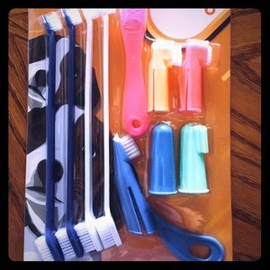 Other - Pets Toothbrush Set